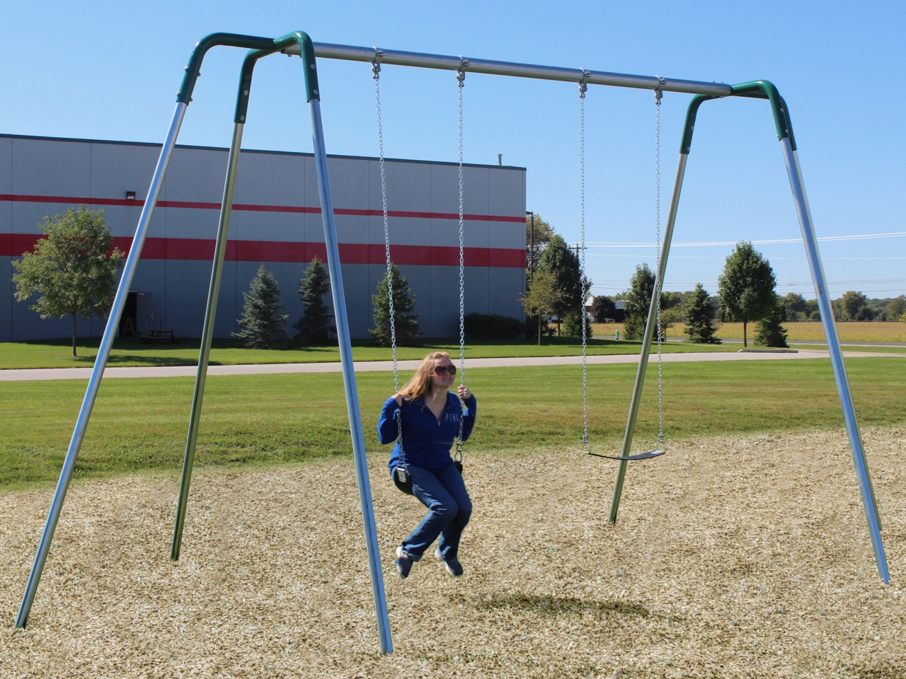12 Foot High Tripod Swing With 3 5 Inch Top Rail Aaa State Of Play